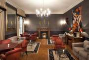 6 Whitehall Guest Lounge